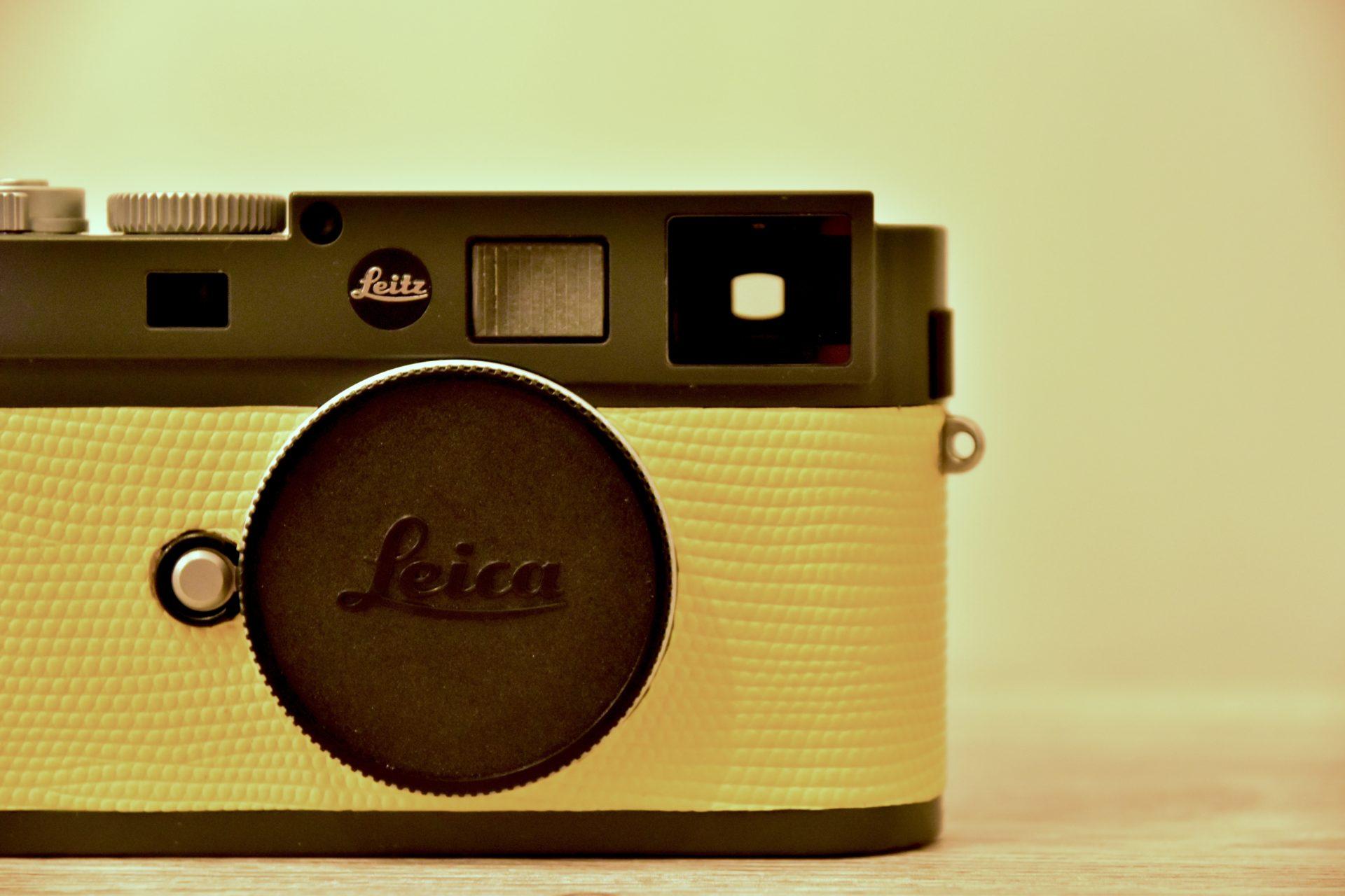 Leica M-Eを買い戻して、ロゴと張り革をカスタマイズした話。